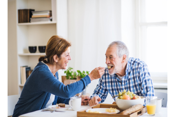 why-your-senior-loved-one-needs-to-eat-breakfast-regularly